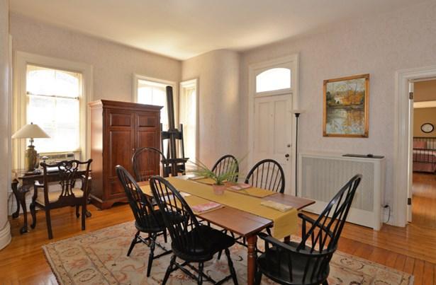 Dining Room (photo 5)