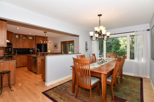 Dining Room Open to Kitchen (photo 5)