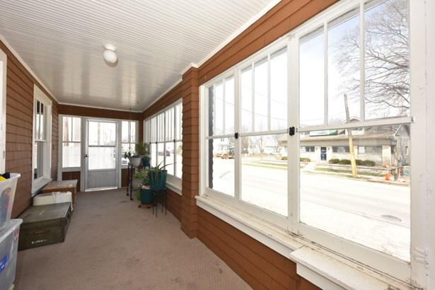 Three Seasons Room (photo 3)