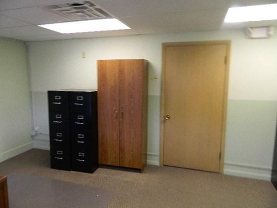 Door to storage (photo 4)