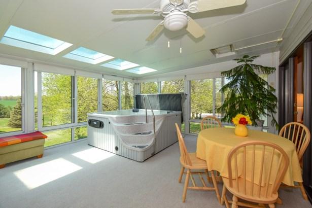 Three Season Room with Hot Tub (photo 5)