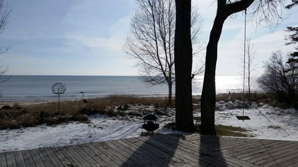 Winter Beach View (photo 2)