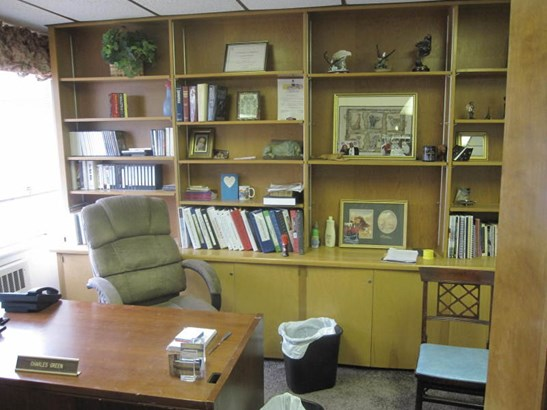 Pastor's Office (photo 3)