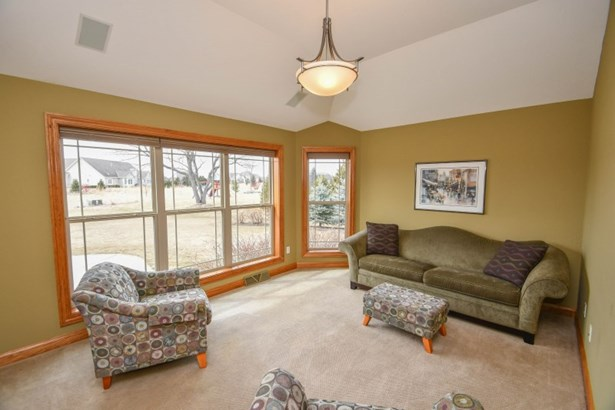 Study or Family Room (photo 5)