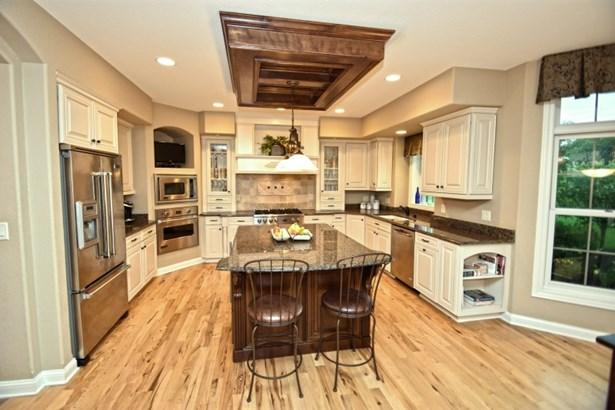 Beautiful Kitchen (photo 1)