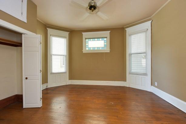 Main floor  bedroom (photo 4)