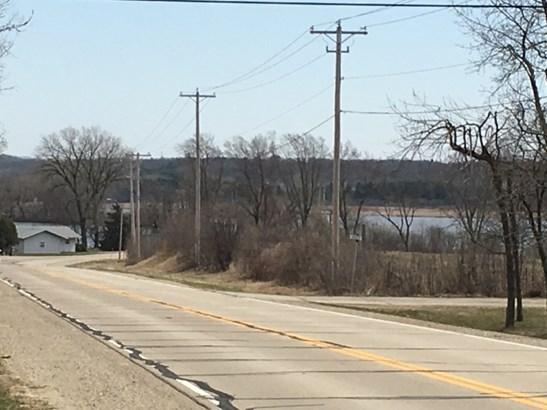 Walk to Lake & County Park (photo 2)