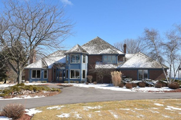 Main Exterior of Home (photo 1)