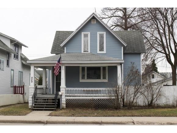 829 Shawano Avenue (photo 1)