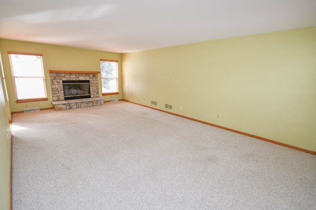 Living Room with Fireplace (photo 2)