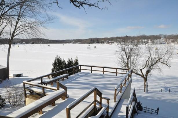 Lake Side (photo 2)