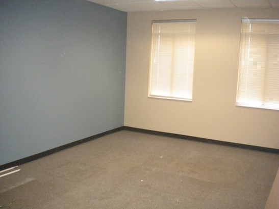 Finished Conference Room (photo 4)
