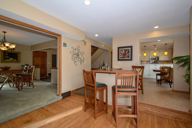 Great entertaining space! (photo 5)