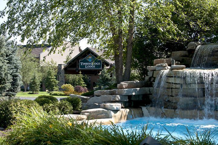 Lodge entrance (photo 2)