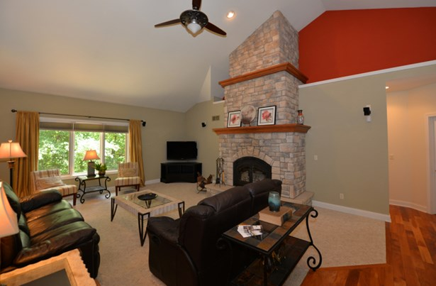 Living Room w/ Fireplace (photo 1)