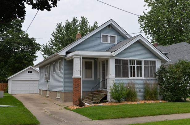 7110 24th Ave (photo 1)