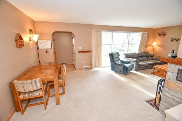 Living and Dining Room (photo 4)