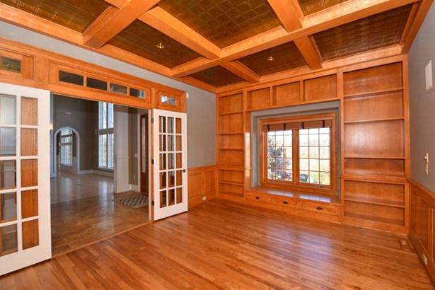 Main Floor Den/Office (photo 4)