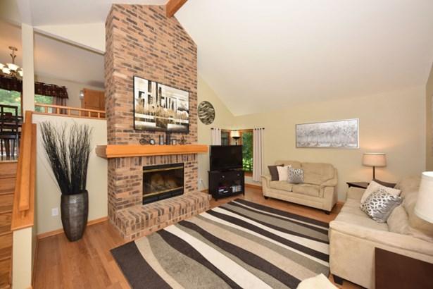 Fireplace is brick masterpiece (photo 2)
