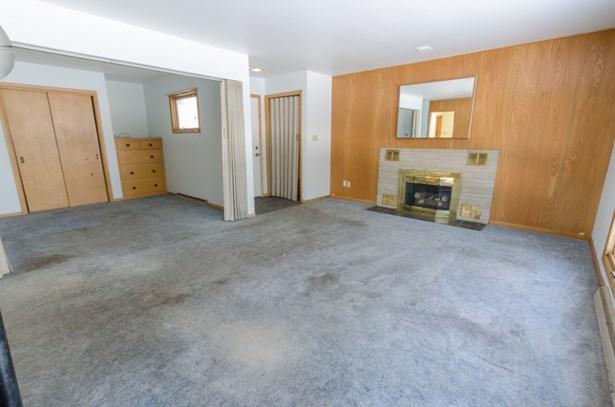 living room and flex room (photo 3)