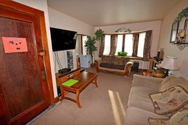 Upper Living Room (photo 3)