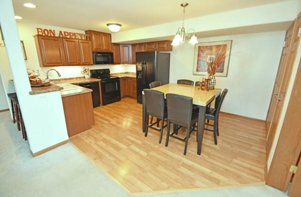 Kitchen and Dining (photo 4)