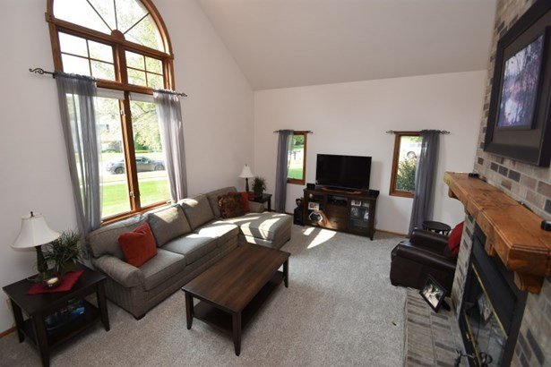 Two Story Living Room (photo 2)