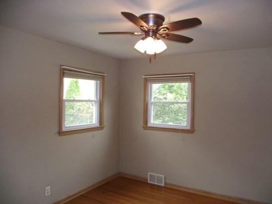 Bedroom 2 (photo 2)