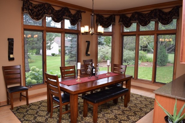 Dining Room Brings Outside In! (photo 4)