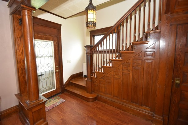 Foyer and Staircase (photo 4)