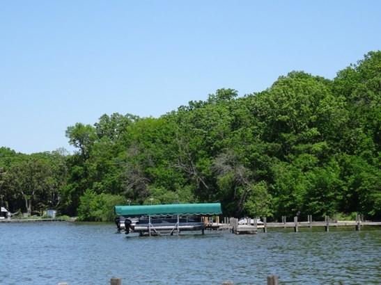 Boat sllip (photo 1)