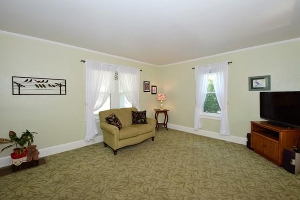 Foyer (photo 3)
