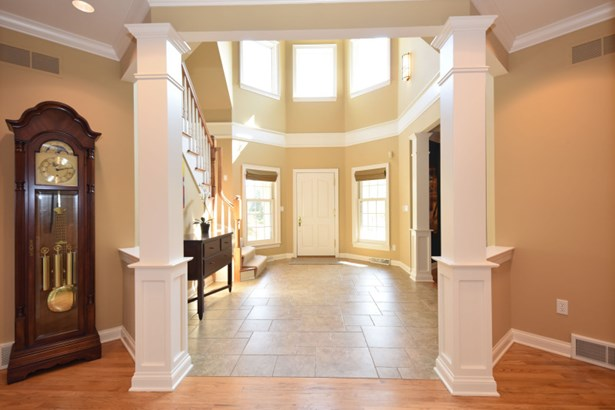 Grand Foyer (photo 2)