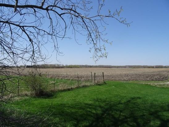Buildable 2 acre lot (photo 5)
