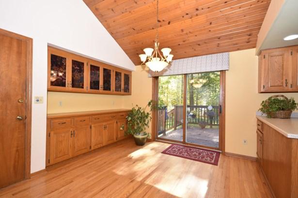 Dining Room (photo 4)