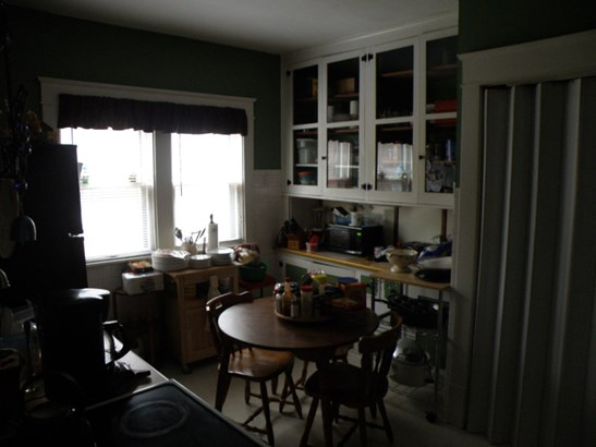 Lower Kitchen (photo 3)