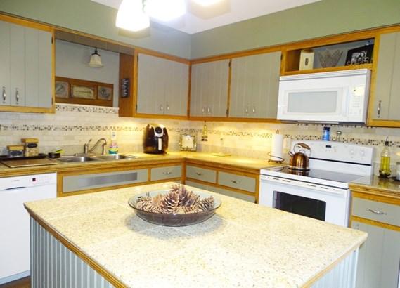 Kitchen, second fl. (photo 4)