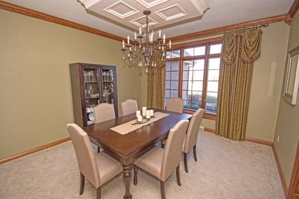 Formal Dining (photo 3)