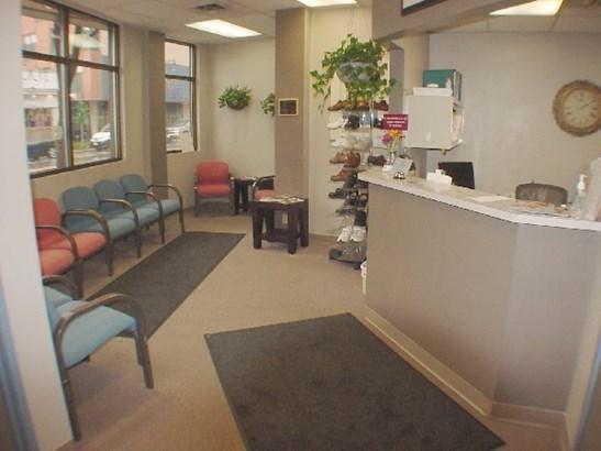 Reception Area (photo 2)