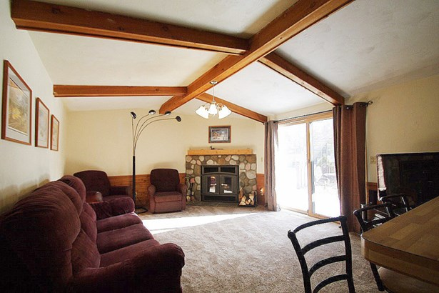 Family Room Vaulted (photo 4)