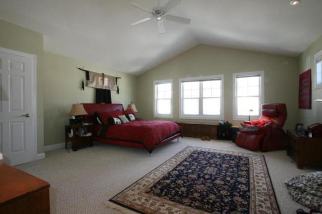 Master Bedroom Suite (photo 5)