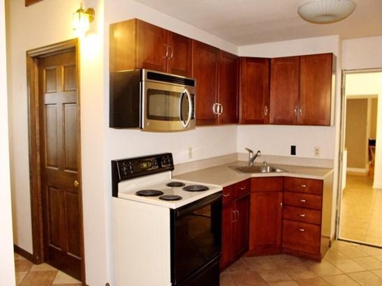 Unit #1 Kitchen (photo 5)