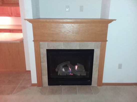 Your gas fireplace (photo 5)