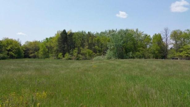2.6 acres (photo 1)