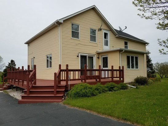 Front of home (photo 1)