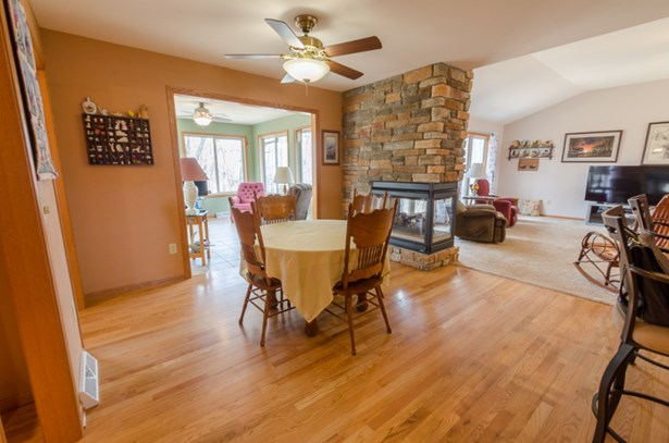 large in kitchen dining area (photo 4)