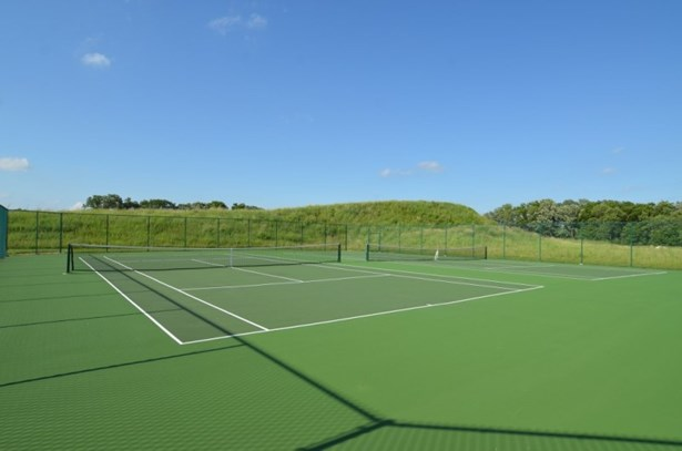 Tennis Courts (photo 4)