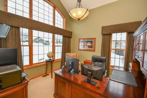 Custom Home Office (photo 2)