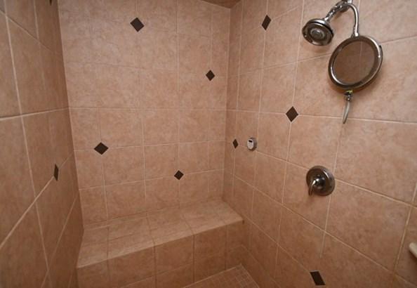 Walk In Shower in Master (photo 5)