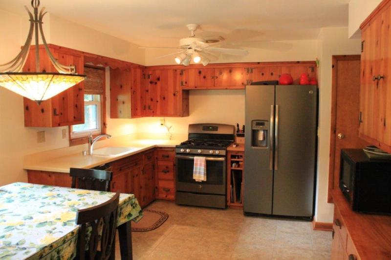 Kitchen w/
